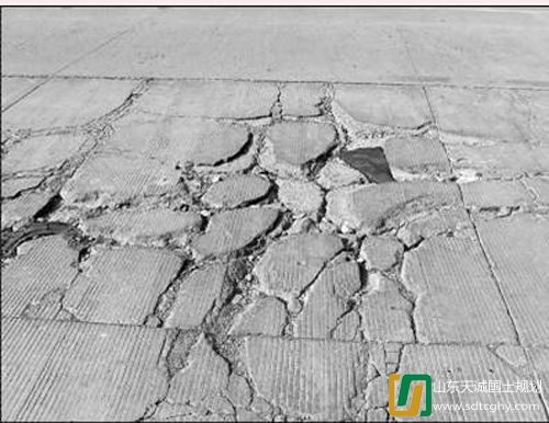 天诚规划设计部浅谈旧水泥混凝土路面加铺改建