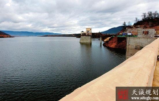 迪庆藏区各大中型水库移民3.5万人受益并脱贫致富