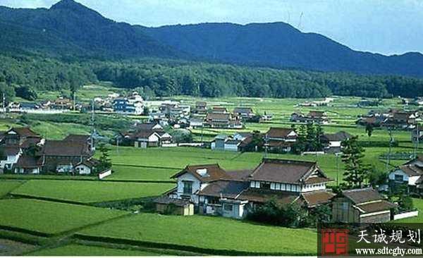 发改委发布《通知》土地改革新措施设计宅基地、农房及承包地