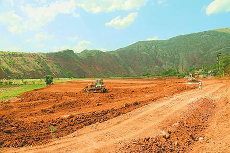 田阳县大力开展贫困区土地整治工作助推农民脱贫
